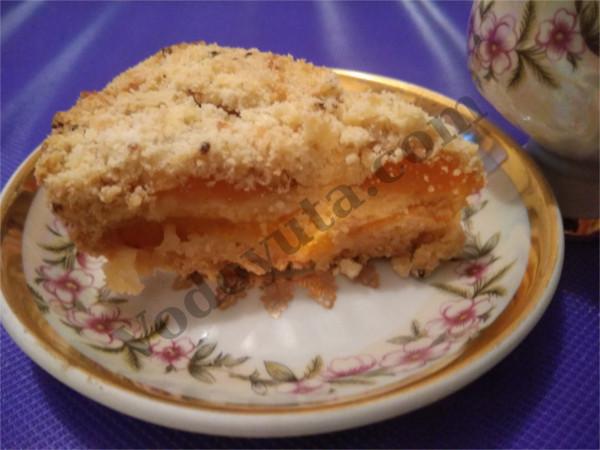 Насыпной пирог с абрикосами.