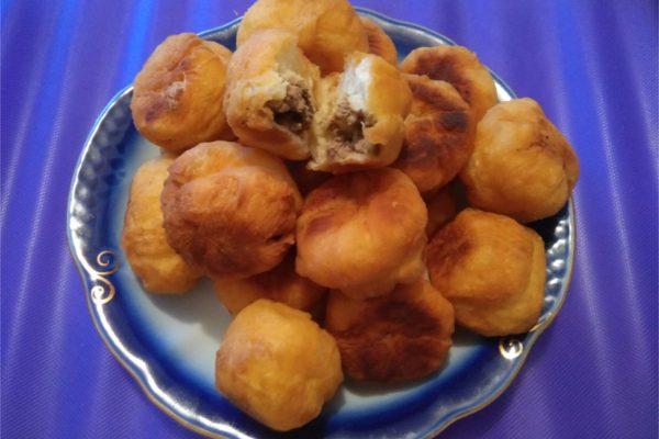 Пончики (пампушки) с паштетом