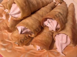 Идеи десертов. Трубочки с зефирной начинкой